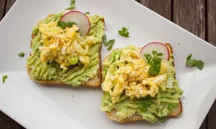 3 keer avocado op brood voor de lunch!