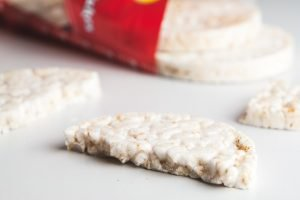 gezonde snacks - rijstwafels - bewustleven.nl